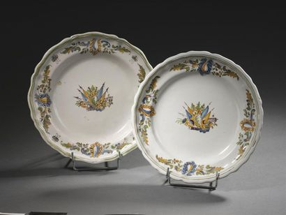 Moustiers, XVIIIème siècle Deux assiettes...