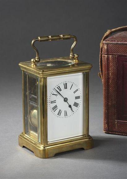Pendule d'officier en laiton vers 1880 Dans...
