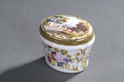 Boîte à mouches en émail d'époque Louis XV,...
