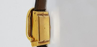 HERMES 1950/1960  Montre de dame en or jaune modèle Boucle Sellier et sa boucle,...