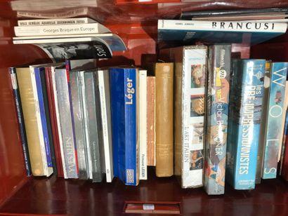 Panier de livres d'art : BRAUNER, KLEIN,...