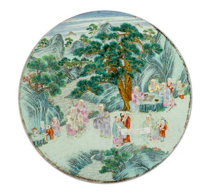 CHINE  Rare grande plaque murale en porcelaine...