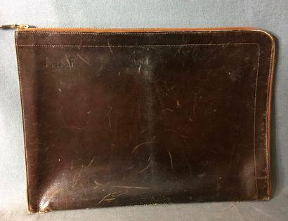 HERMÈS PARIS,  Porte-documents en cuir box...