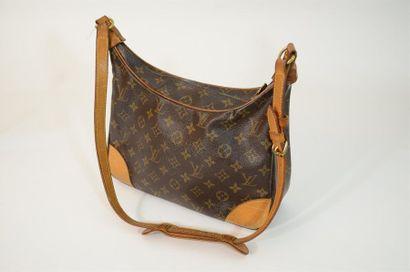 Sac à main Louis Vuitton modèle Boulogne...