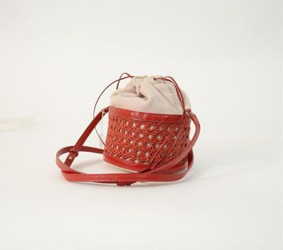 Petit sac sceau rouge a décor de cannage...
