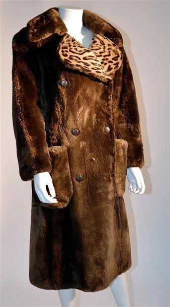 REVILLON : Manteau en castor et ocelot (petite...