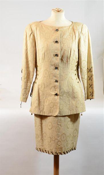 STARA : Ensemble tailleur jupe beige avec...