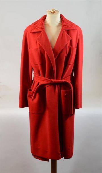TRICOSA : Long manteau rouge avec col en...