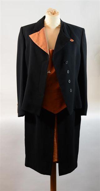 TABALA : Ensemble trois pièces, veste, jupe...