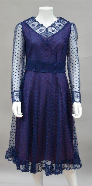 PHILIPPE CHAMPAGNE : robe en tulle et dentelle...