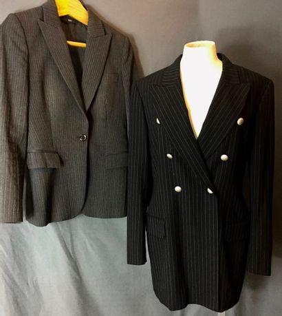 BOSS, CERRUTI 1881  Lot composé de deux vestes...
