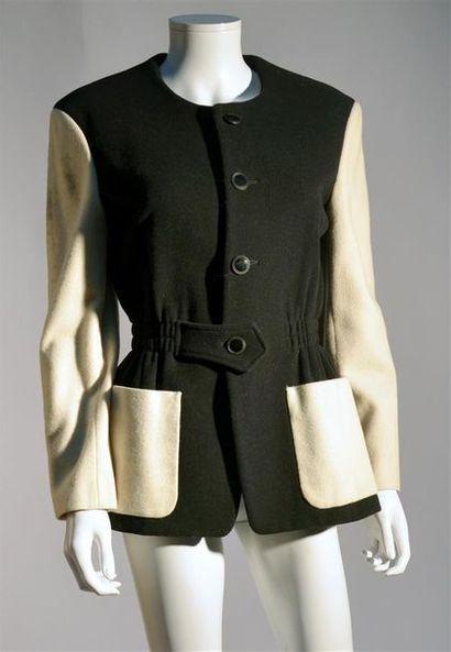 Yohji YAMAMOTO : Veste en laine noir et blanc,...