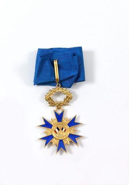 PLAQUE DE GRAND OFFICIER DE L'ORDRE NATIONAL...