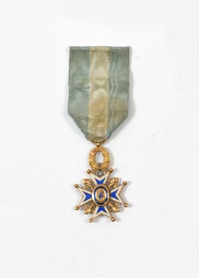 Croix de chevalier de l'ordre de CharlesIII...