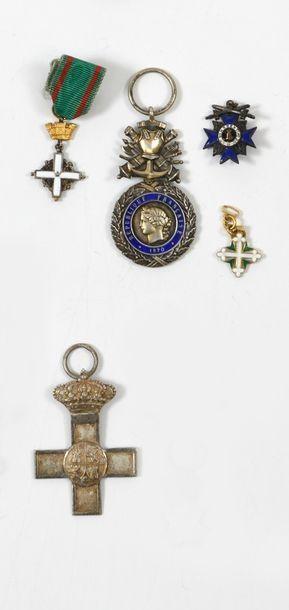Lot de décorations et de médailles diverses,...