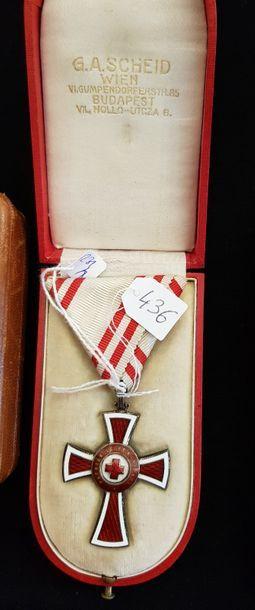 Ordre de la Croix-Rouge autrichienne, croix...