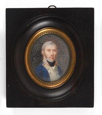 Ecole française fin XVIIIème début XIXème  Portrait de militaire en tenue  Miniature...