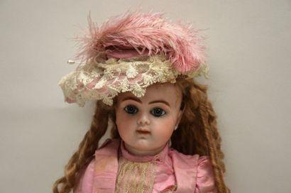 BRU doll JNE R 7, closed mouth, blue enamel eyes, articulated body BRU, old clothes,...