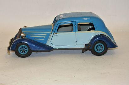 JEP, Citroën traction, en tôle peinte, bleu...