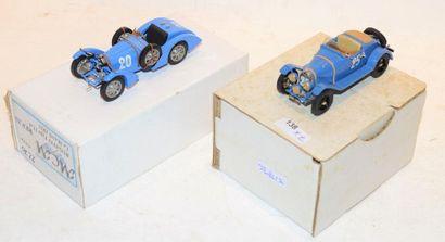 (2) M.C.M. 1 Bugatti type 40 Le Mans de 1930...