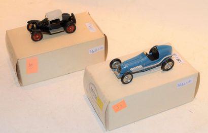 (2) M.C.M. 1 Bugatti type 22 Brescia Torpedo...