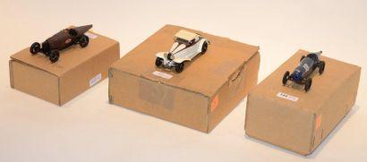 (3) M.C.M. 1 Bugatti type 18 Carénée, Roland...