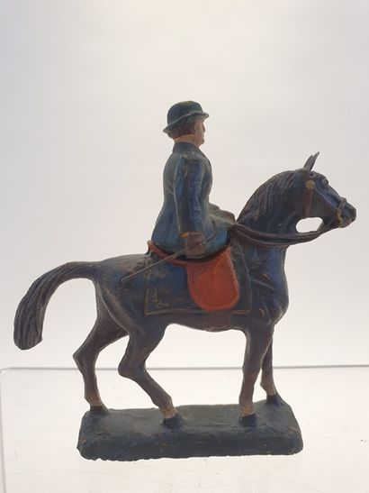 DURSO la reine Wilhemine de Hollande à cheval...