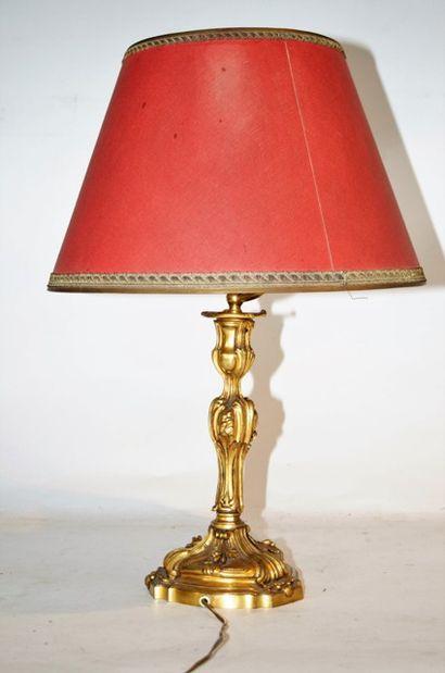 Lampe de chevet pied en laiton, de style...