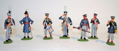 Productions diverses modernes: 7 soldats...