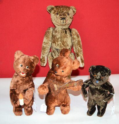Ensemble de 4 ours en peluche:  -deux Schuco,...