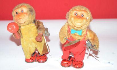 Japon: deux singes musiciens mécaniques....