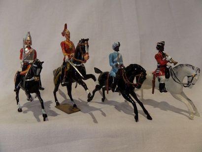BRITAINS métal : (4) cavaliers de l'empire...