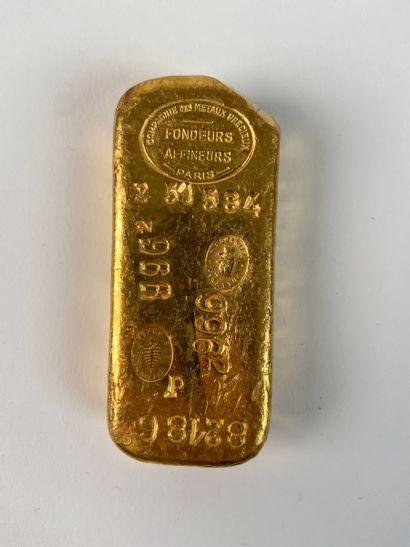 Lingot d'or avec son bulletin d'essai.  N°...