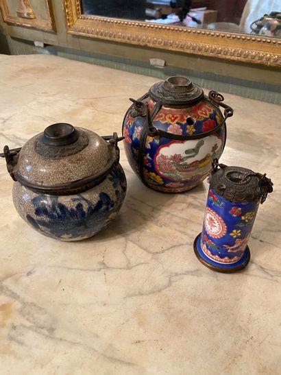 Chine, XIXème et XXème siècle.  Trois pipes...