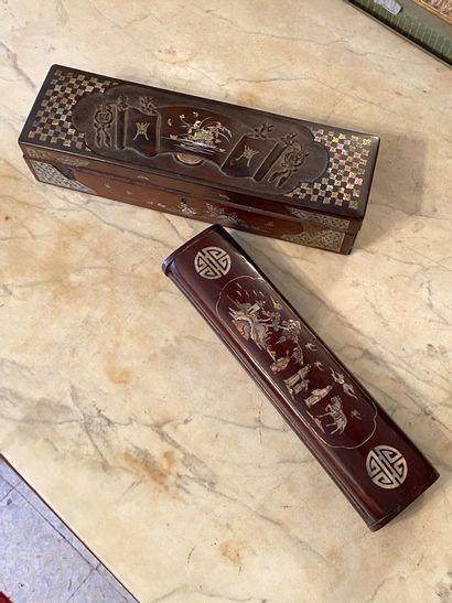 Indochine, circa 1900.  Lot de deux boites...