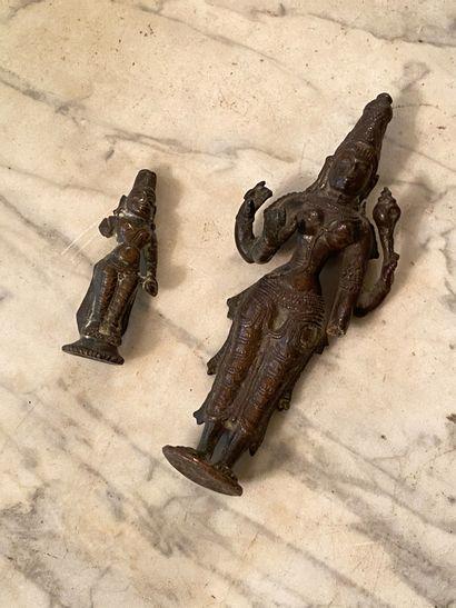Inde, XXème siècle.  Deux statuettes de...