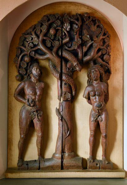 Partie de retable en bois sculpté et polychromé...