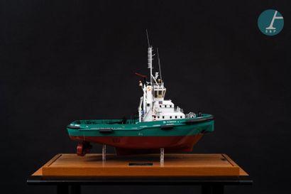 Maquette Model of the offshore tug Pyrrhos Port aux Français, under Plexiglas showcase...
