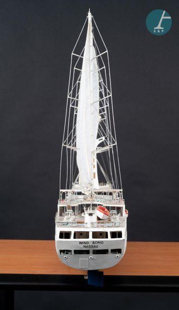 Maquette Spirit Maquette du Spirit Wind Song. Sister ship du Wind Spirit, exploité...