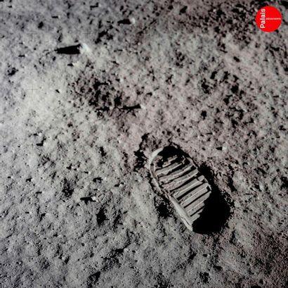En provenance du Palais de la Découverte NASA Apollo 11, 21 juillet 1969. Empreinte...