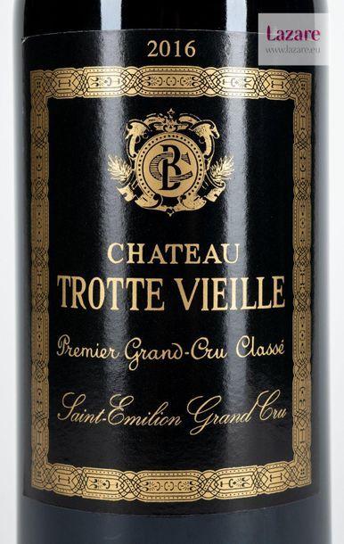 En provenance directe du château CHÂTEAU TROTTE VIEILLE, Grand Cru Saint-Emilion....