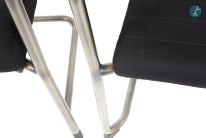 En provenance de l'ancien Hôtel W Paris-Opéra BURGESS, lot de 16 fauteuils, piètement...