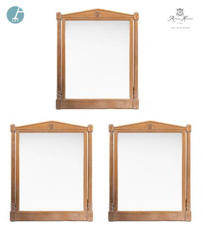 Lot de trois miroirs en bois naturel, montants...