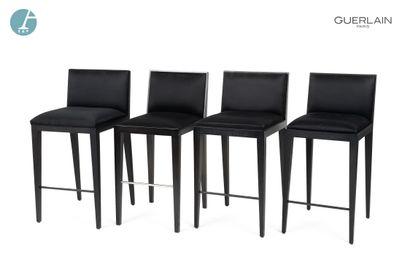Lot de quatre chaises de bar, piètement en...