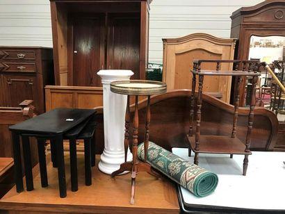 TABLE téléphone + GUERIDON tripode + COLONNE...