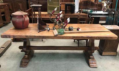 1 GRANDE TABLE de ferme en chêne, bois naturel,...