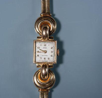 MONTRE BRACELET de dame TEXAWATCH, boitier en or et bracelet ruban orné d ornements...