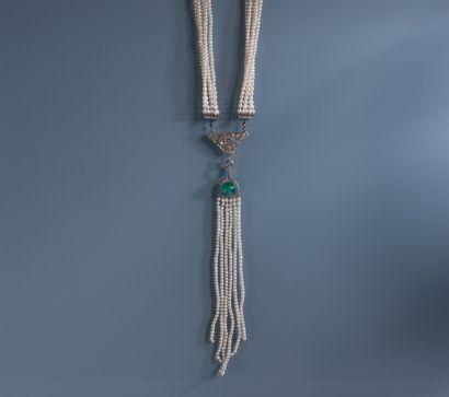 IMPORTANT COLLIER de 5 rangs de petites perles...