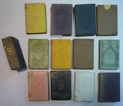 Almanach de Gotha. Ensemble de 13 volume...
