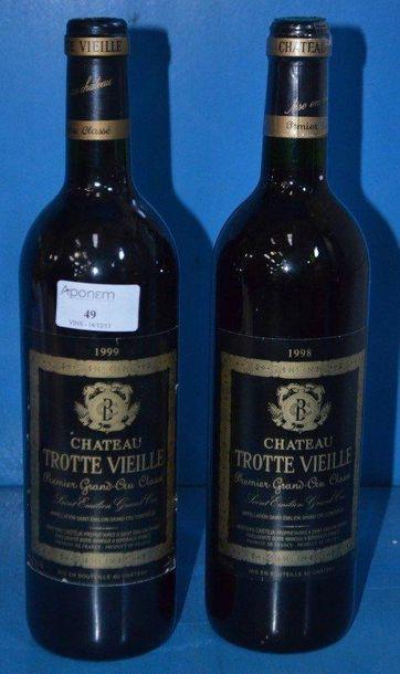 Lot de 2 Btles: 1 Château TROTTE VIEILLE...